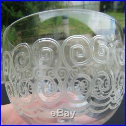 6 verres a vin rouge en cristal gravé de baccarat modèle type rohan H 8 cm