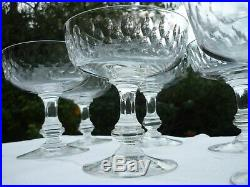 7 Verres Coupes A Champagne En Cristal Baccarat Modele Ecailles Jambe Balustre