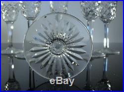 Anciennes 6 Verres A Vin En Cristal Taille Modelé Bourgos Baccarat Signe