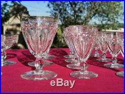 BACCARAT 14 verres de services en cristal taillé modèle Picadilly