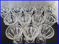 BACCARAT France 12 verres A Liqueur En Cristal Moulé Old Liquor Glass Baccarat