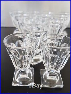 BACCARAT France 8 verres A Liqueur En Cristal Moulé Old Liquor Glass Baccarat