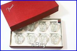BACCARAT HARCOURT Une boîte de 8 verres Espresso en cristal Estampillé