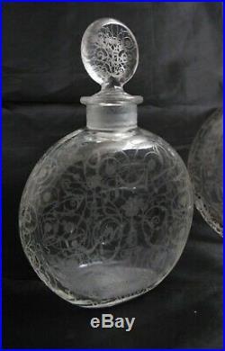 BACCARAT Michelangelo ensemble de flacon et poudrier en cristal Baccarat TBE