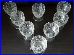 Baccarat 8 verres à vin cristal gravés d'arabesque Lulli 22138