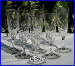 Baccarat Service de 6 flûtes à champagne en cristal taillé. Début Xxe s