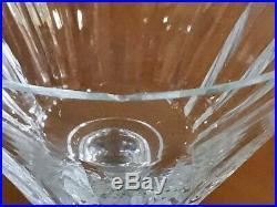 Baccarat partie de service comprenant 28 Verres Talleyrand en cristal taillé