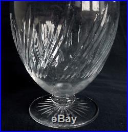 CRISTAL de BACCARAT Carafe / Aiguière, rare modèle à motif taillé torsadé 8659