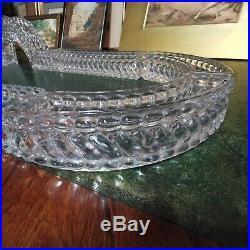 Énorme centre de table en cristal moulé de Baccarat modèle bambou. 1900
