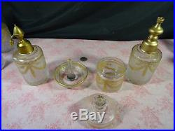 Ensemble de toilette verrerie baccarat style Louis XVI doré à l'or fin