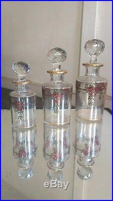 Flacons En Cristal De Baccarat Periode Xixème. Xxème. Decor Peint Émaillé Et Dore