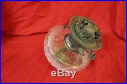 Grand réservoir de lampe a petrole en cristal de baccarat