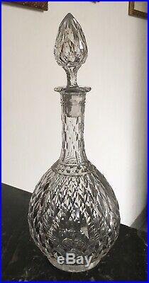 Magnifique carafe à Vin en cristal taillé de Baccarat Modèle Juvisy, Nimes