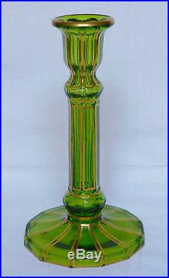 Rare bougeoir en CRISTAL DE BACCARAT vert, cannelures dorées, ETIQUETTE PAPIER