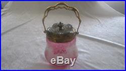 Seau à biscuit art nouveau en cristal Baccarat dégagé à l'acide décor de fraise