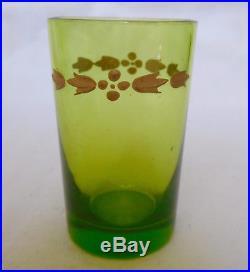 Service à liqueur en CRISTAL DE BACCARAT vert chartreuse doré, ETIQUETTE PAPIER