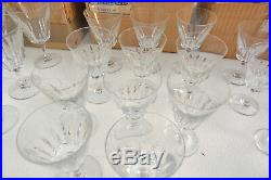Service de verres en cristal de BACCARAT côte d'Azur 45 pièces refèrence 623
