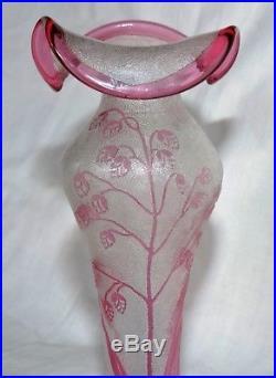 Superbe Paire De Vases En Cristal De Baccarat Degage A L'acide Art Nouveau